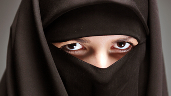 Burka-bråk i AP